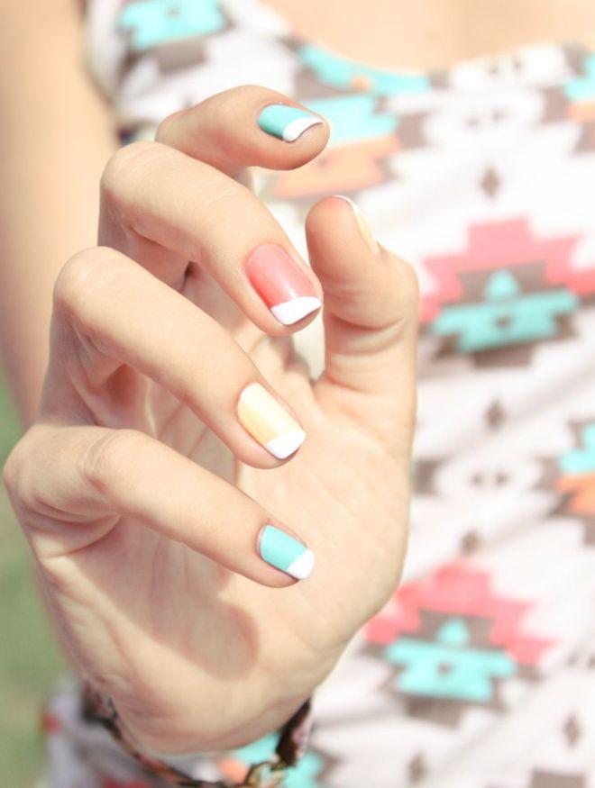 suave manicura multicolor francés