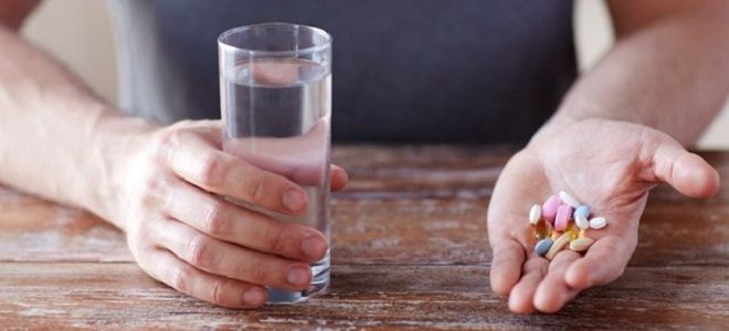 Витамины от белых пятен на ногтях