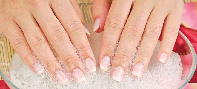 bains pour la croissance des ongles