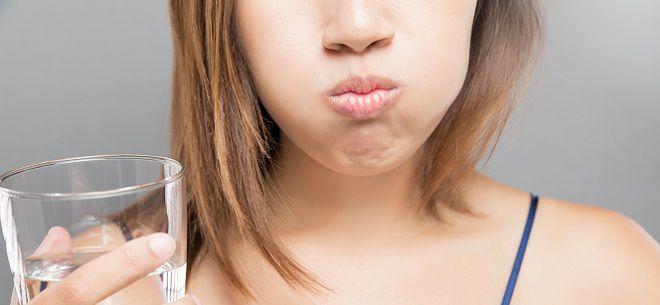 Опухла щека при попадании холодной еды и тянет