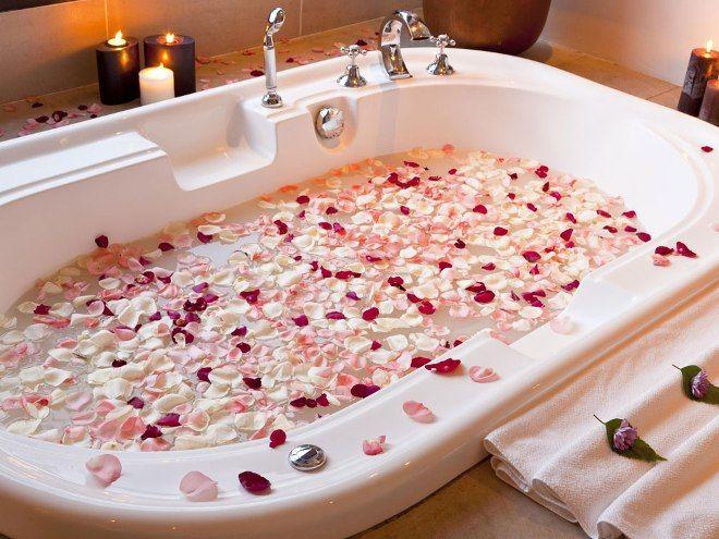 Ванна с лепестками роз, польза и вред
