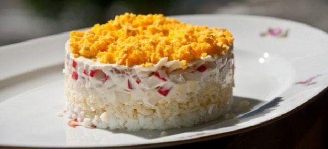салат Мимоза с крабовыми палочками и сыром