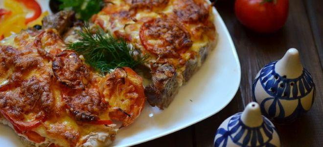 отбивные из свинины с помидорами и сыром