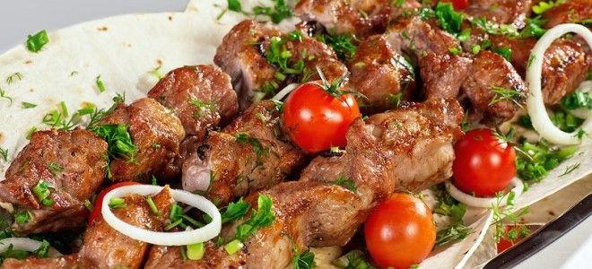 шашлык из свиной шеи в духовке