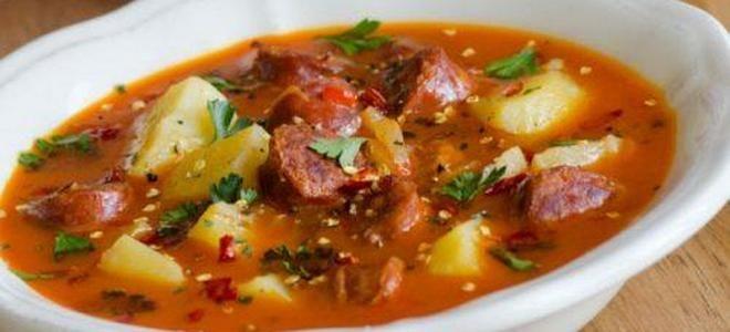 суп солянка с тушенкой