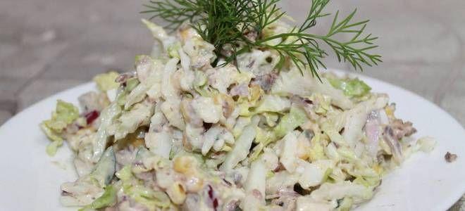 салат с тунцом капустой огурцом