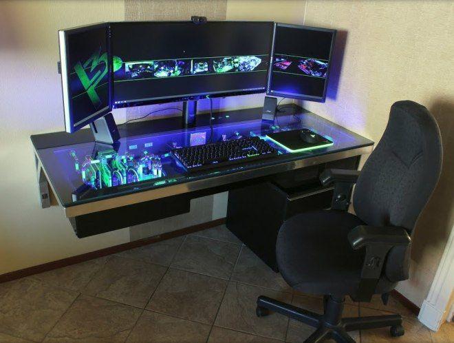 геймерский стол со встроенным компьютером