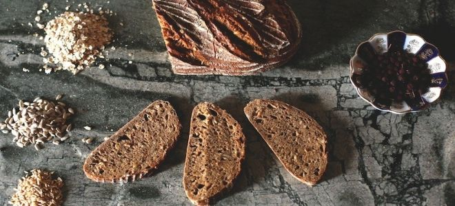 черный хлеб со злаками
