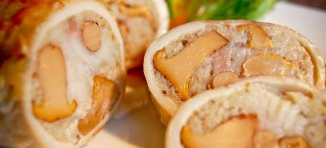 кальмары фаршированные грибами на сковороде