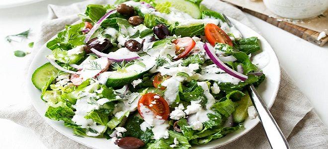 греческий салат с айсбергом
