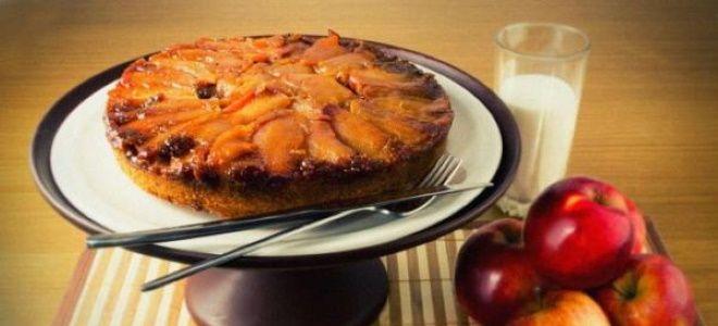 шарлотка с карамелизированными яблоками на сковороде