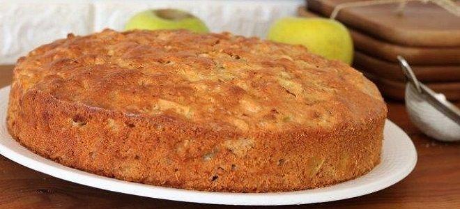шарлотка на сковороде с яблоками без яиц