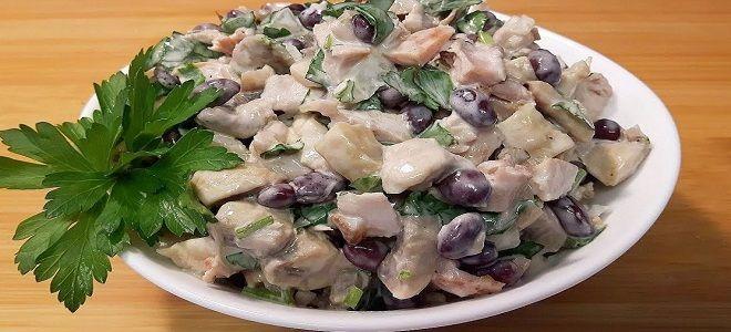 баварский салат с курицей и фасолью