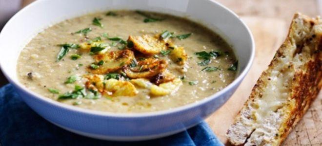 суп пюре из шампиньонов и сельдерея