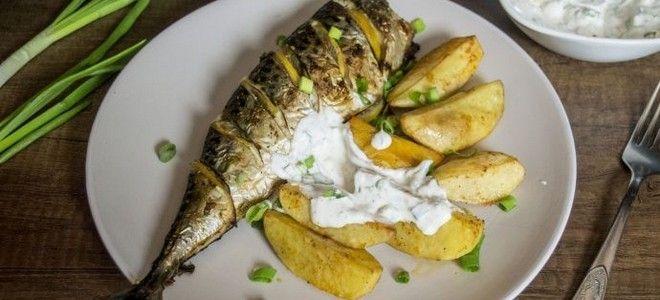 картошка по деревенски в духовке с рыбой