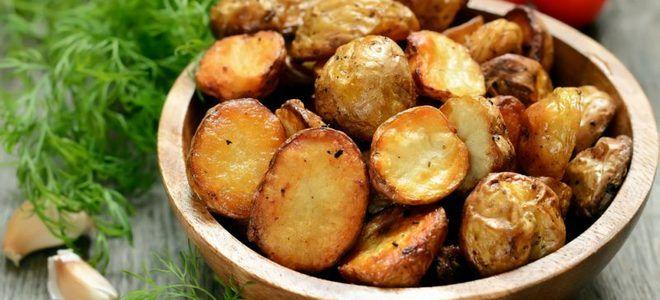 картошка по деревенски в духовке с грибами