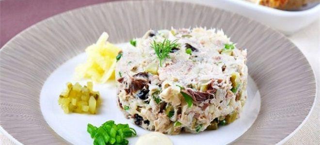 рыбный салат из скумбрии
