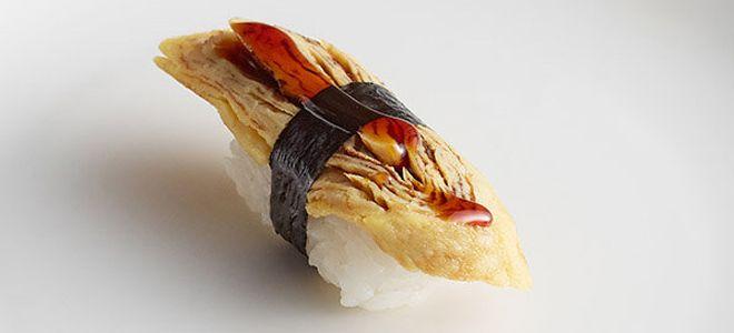 суши с яйцом