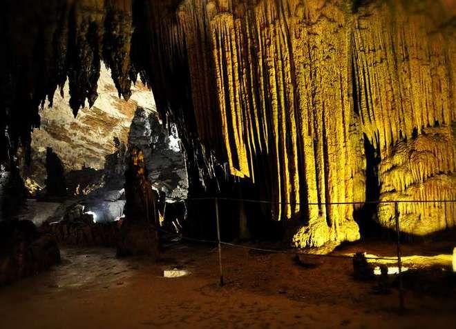 Шкоцянские пещеры представлены для обозрения туристов