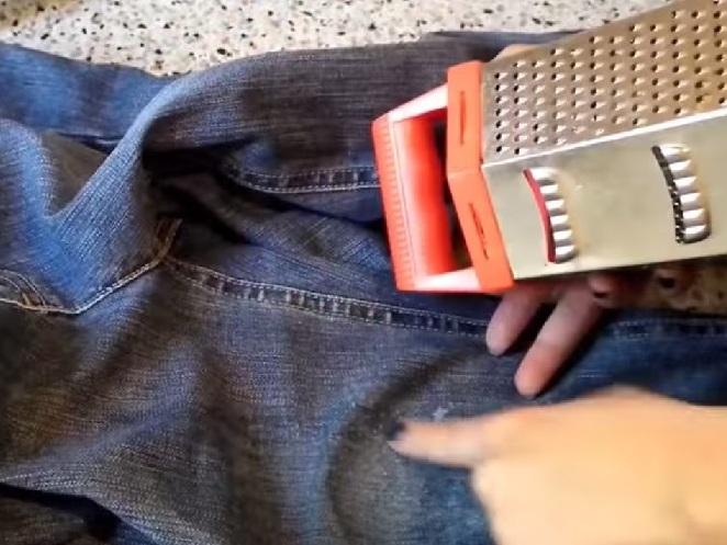 Как правильно порвать джинсы в домашних условиях 62