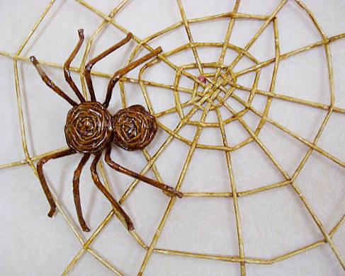 Как сделать из бумаги паука? 52