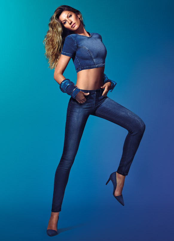 фото рекламы джинс левиев врал прибывшим