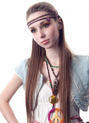 Прически фольклорного стиля фото