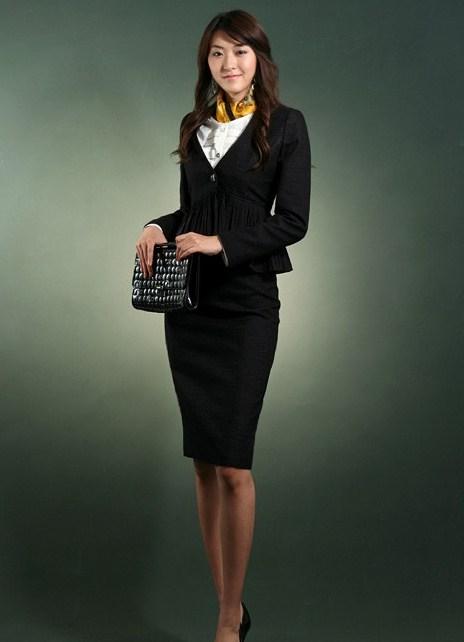 жена бизнес леди в полный рост фото потерий времени значит