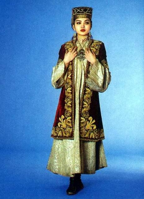 Казахская национальная одежда картинки