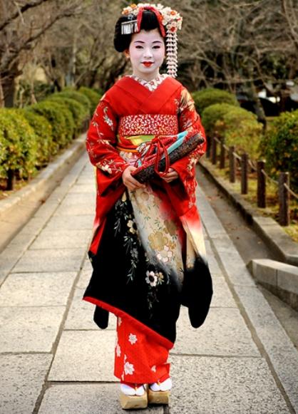 837609bd738 национальная одежда японии 4