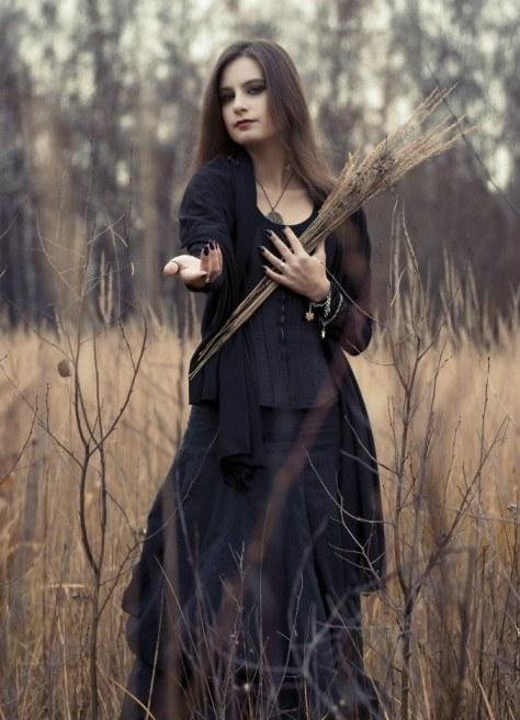 направление фотосессия в стиле ведьмочки для