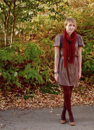 фото девушек в коричневых колготках