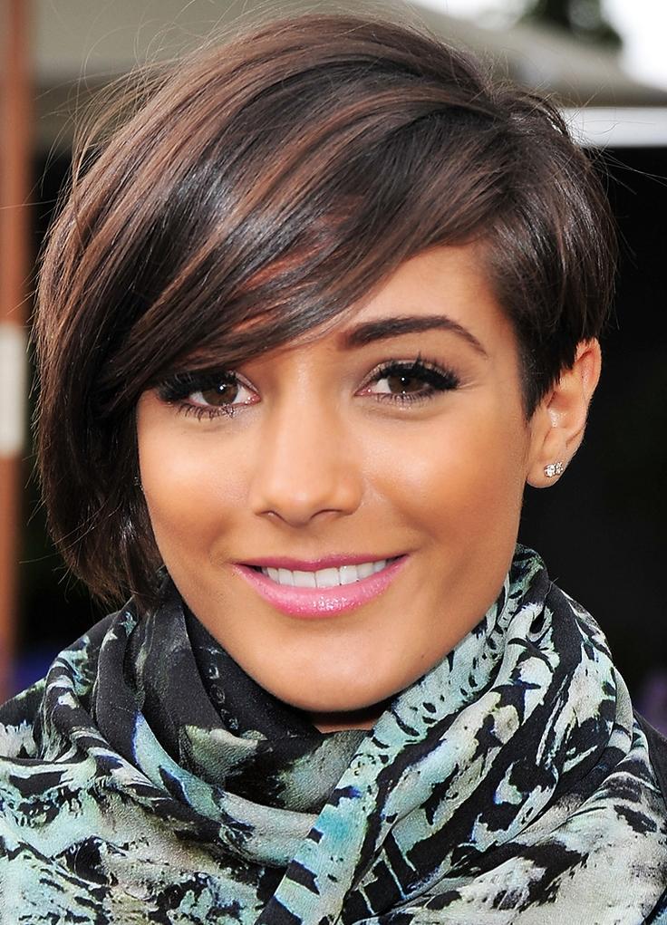 стрижки на средние волосы асимметрия фото женских прическах очень