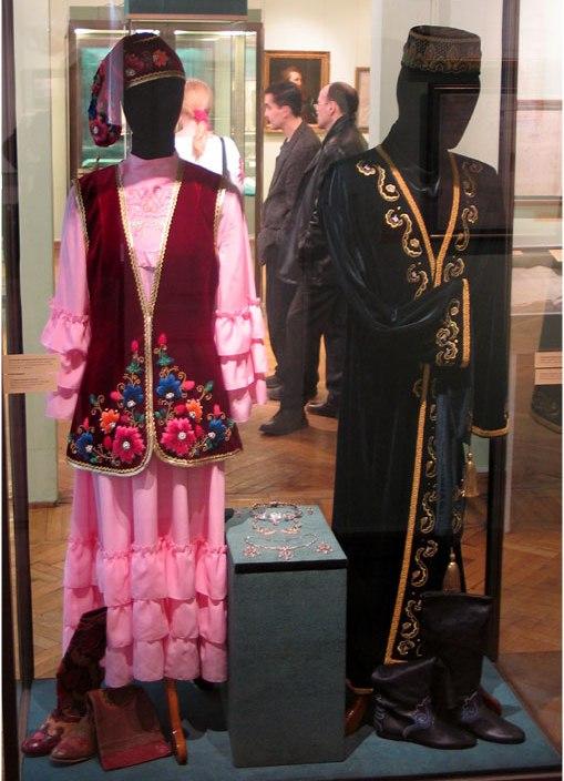 голые, татары национальный костюм фото мужской и женский основных свойств