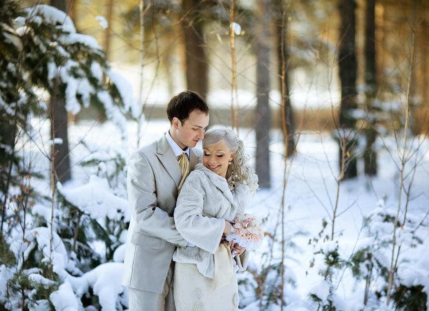 зимние свадебные фотографии