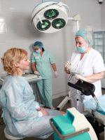 Позы сексе гинеколог женщина осматривает девушку на кресле доступные фото