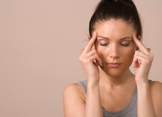 О каких заболеваниях может сигнализировать боль в висках