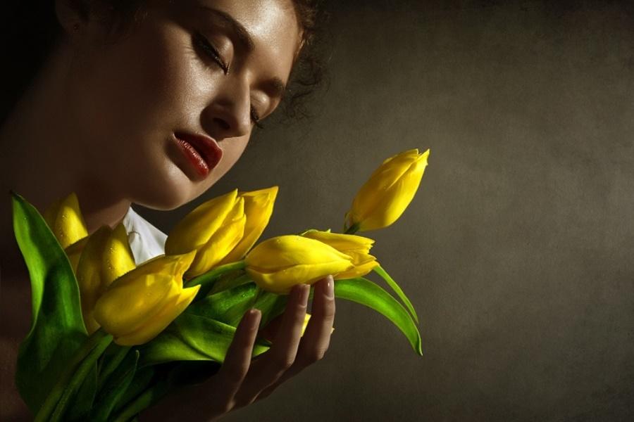 Подарить цветов желтый цвет означает цветы букеты