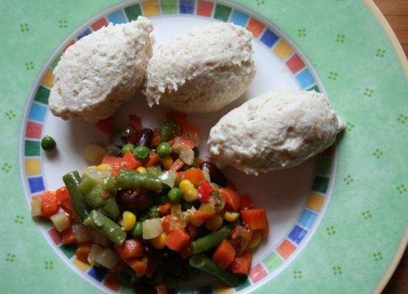 Как готовить куриные кнели на пару и в духовке? Кнели из курицы.