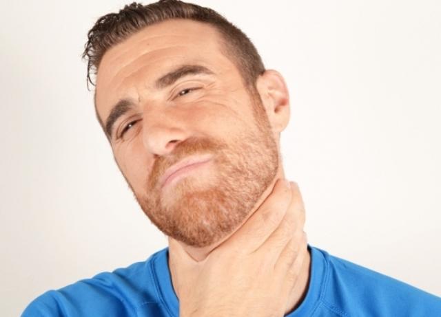 Не могу дышать горло давит. Когда идти к врачу, если ком в горле, тяжело дышать