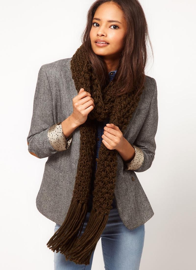 Оригинальные шарфы вязаные спицами
