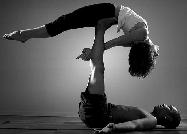 парная йога с незнакомым партнером психологический эффект