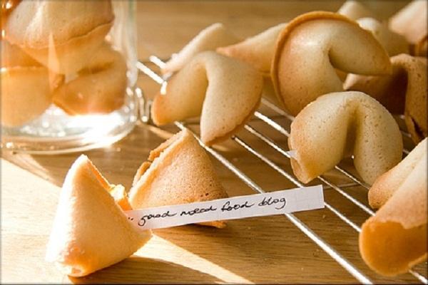 Картинки по запросу печенья с предсказаниями