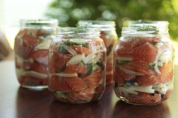 Домашние рыбные консервы - кулинарный рецепт