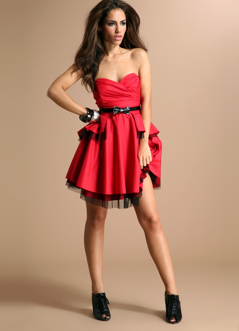 крутое фото в платье даже