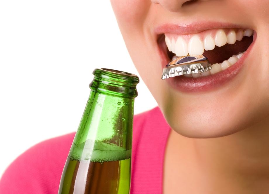 В чём опасность алкоголя для подростков и молодёжи