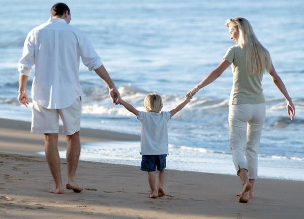 Как восстановить материнские права
