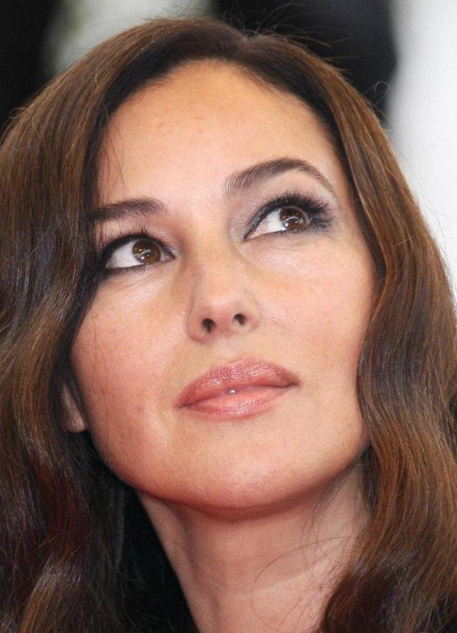 Моника Белуччи - макияж бритни спирс