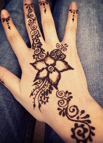 фото рисунки мехенди на руках