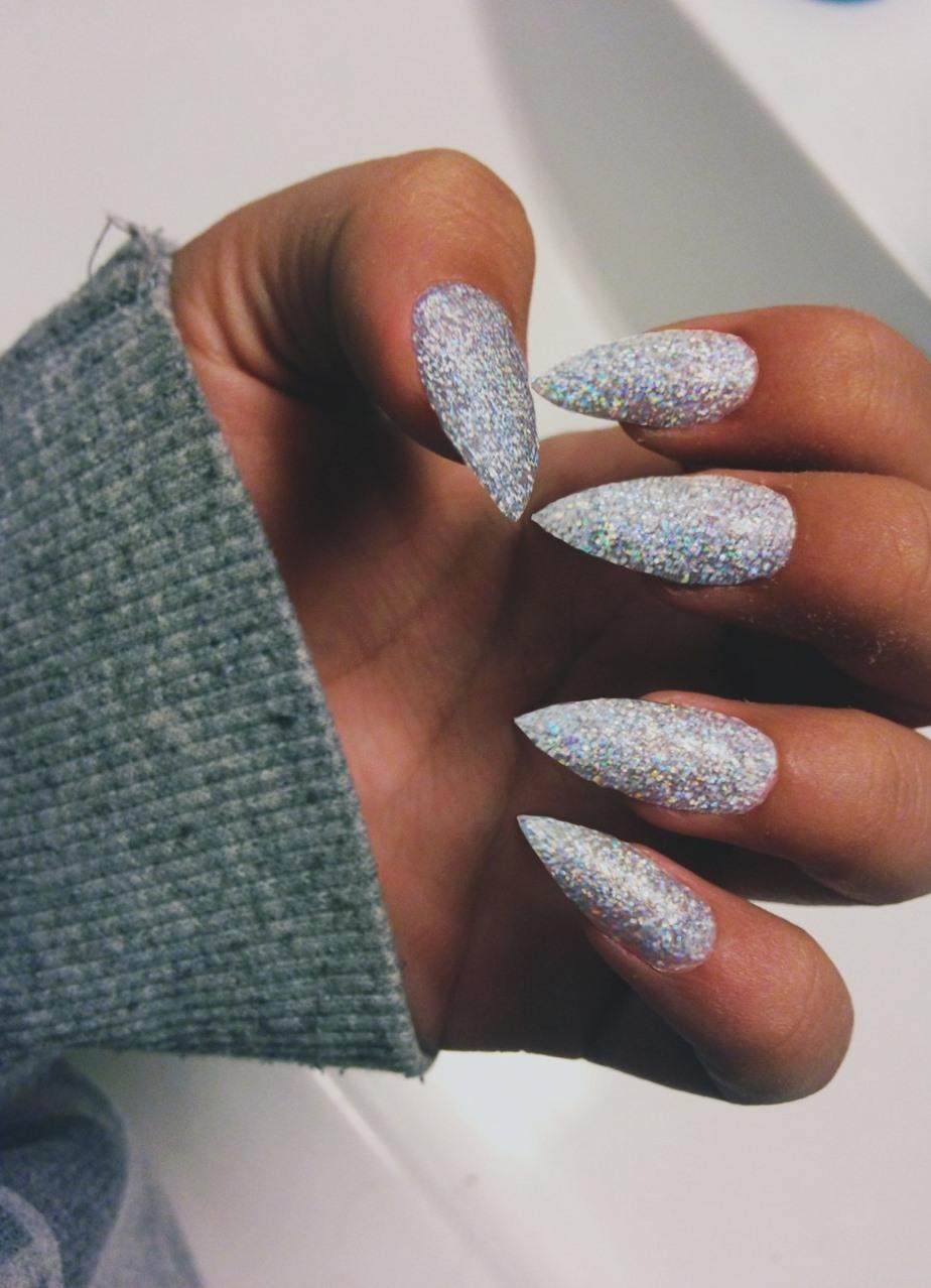 фото нарощенные ногти на